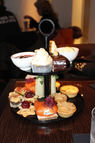 Afternoon Tea at the Met Hotel - Park Lane 008