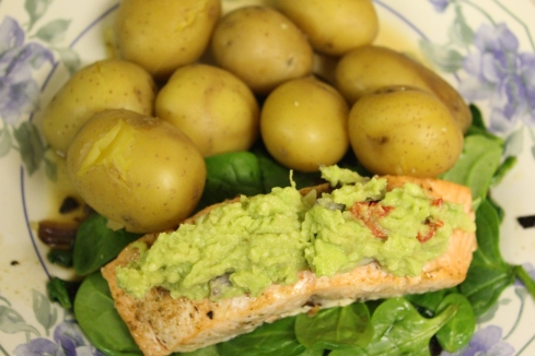 Pan-fried Salmon with homemade Guacamole and New Potatoes