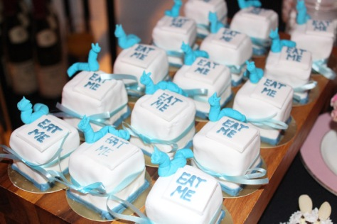 madhatter Mini-Cakes