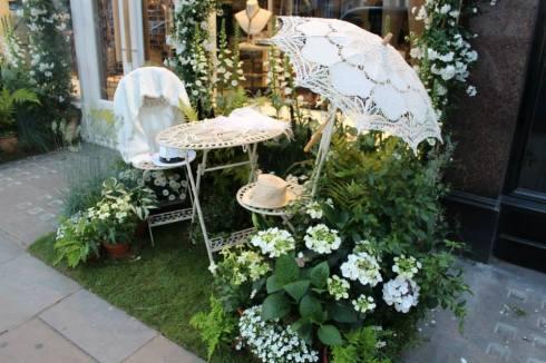Brunello Cucinelli -floral display
