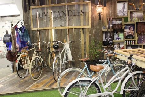 Luv Handles Bike Boutique