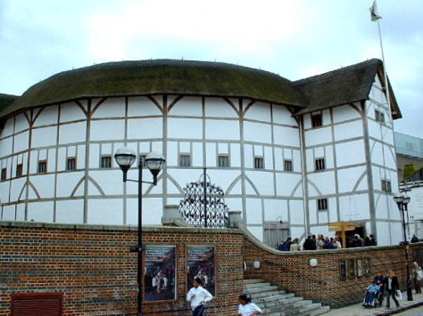 Southwark_reconstructed_globe
