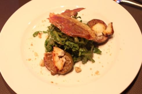 Fig, toasted goat's cheese, crispy parma ham and roasted hazelnut Salad